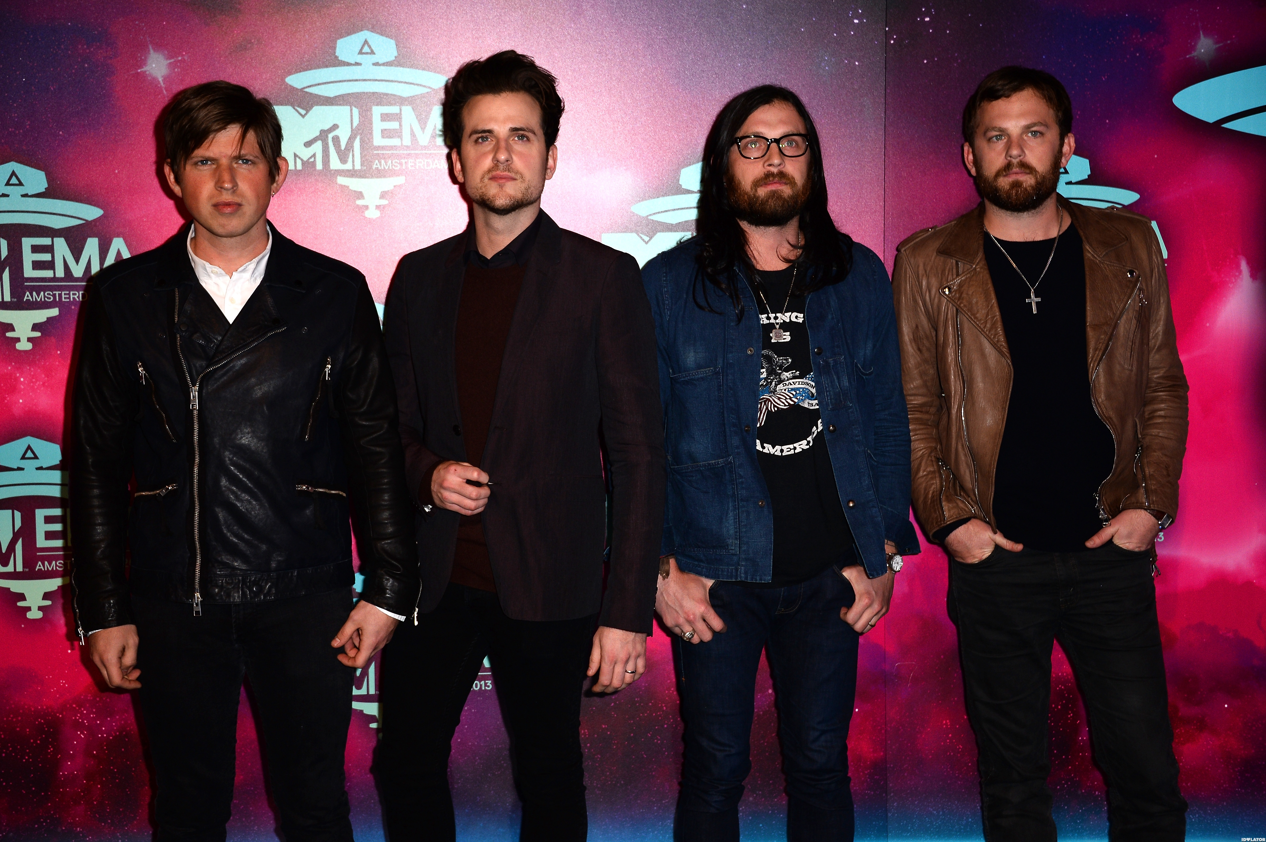 """Kings Of Leon Say Pop Music Is """"F*cking Awful"""" & """"Making The World A Bad Place"""""""