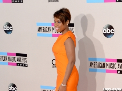 Jennifer Hudson Gives Her Assistant A House, Assistant Freaks Out: Morning Mix