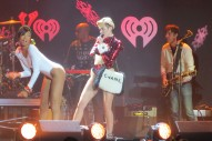 KIIS Jingle Ball 2013 Rolls Into Los Angeles: Tears, Audio Issues & Great Entertainment