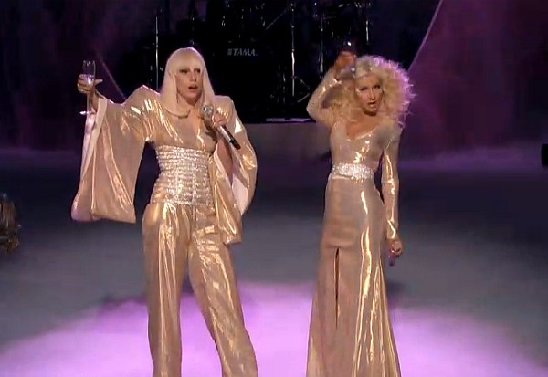 lady gaga christina aguilera the voice do what u want 2013 finale