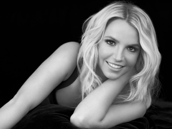britney-spears-it-should-be-easy