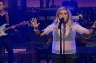 Ellie Goulding Burns Up 'The Late Show With David Letterman': Watch