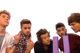 """One Direction Sing """"What Makes U Useful"""" On 'Sesame' Street: Morning Mix"""