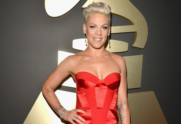 Pink Heats Up The Grammy Awards