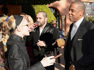 Grimes And Jay Z Smoked Cigars At Pre-Grammys Party: Morning Mix