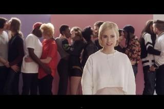"Annie & Bjarne Melgaard Drop Anti-Putin ""Russian Kiss"" Video: Watch"