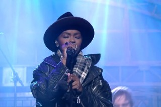 "Lauryn Hill Covers The Beatles' ""Something"" For 'Letterman': Watch"