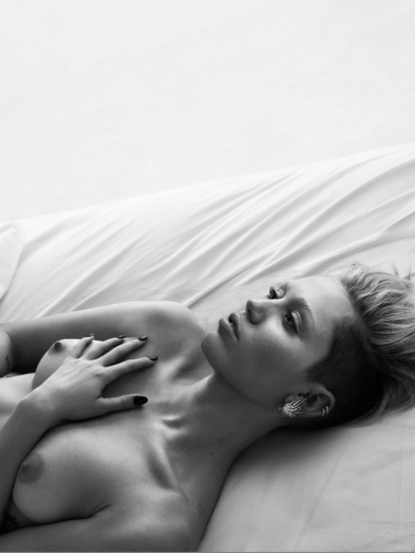 miley cyrus topless w magazine nsfw
