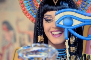 "Katy Perry's ""Dark Horse"": Watch The Colorful, Egyptian-Themed Music Video"