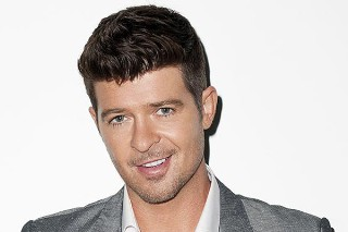 Robin Thicke Is Still Talking About Paula Patton At Concerts: Morning Mix