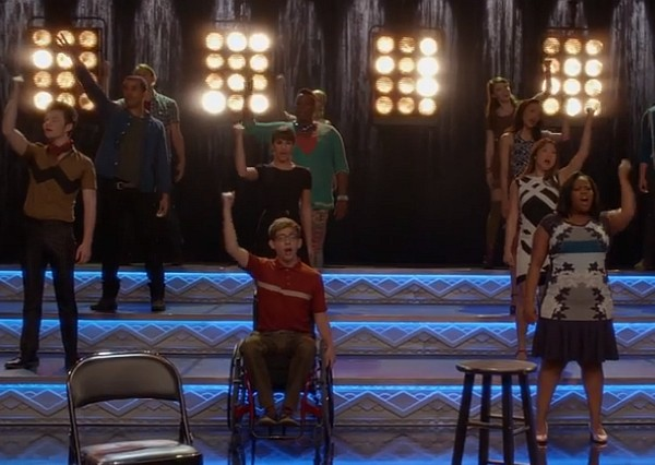 glee 100 episode keep holding on 2014