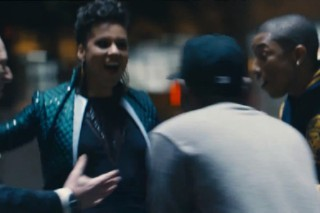"Alicia Keys, Kendrick Lamar & Pharrell Unite In ""It's On Again"" Video: Watch"