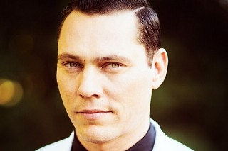 "Tiesto Announces Feature-Filled 'A Town Called Paradise' LP, Debuts ""Wasted"" Video"