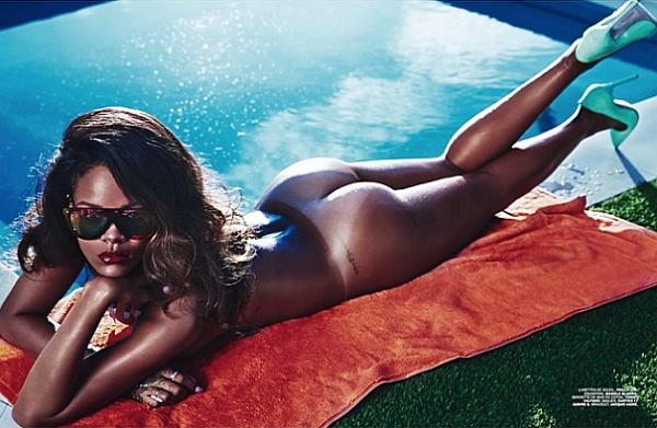 Rihanna-Lui-magazine-ass-nude-naked-porn-boobs.jpg