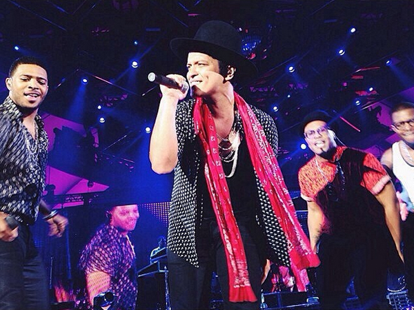 Bruno Mars Brings His 'Moonshine Jungle' Tour To The Hollywood Bowl: Live Review