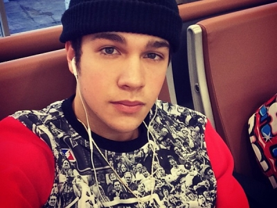 Austin Mahone Thinks It's Obnoxious To Compare Him To Justin Bieber: Morning Mix