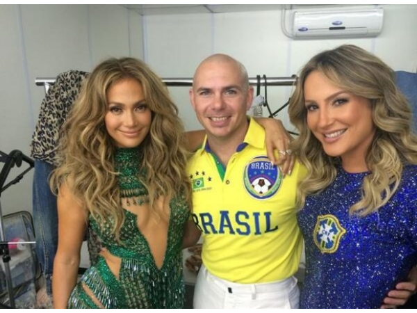 pitbull-and-jennifer-lopez-at-world-cup-opening