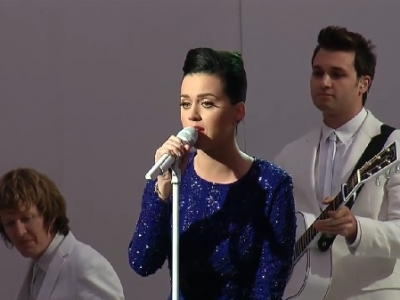 "Katy Perry Performs ""Roar"" At White House Reception: Watch"
