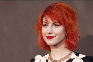 "Paramore's Hayley Williams Cancels Two ""Monumentour"" Shows Because Of Exhaustion: Morning Mix"