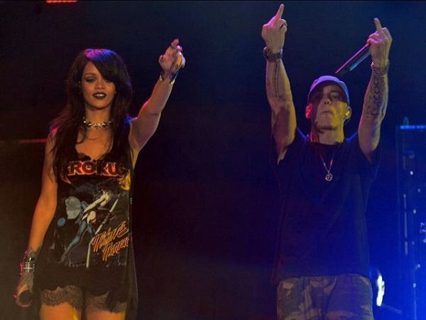eminem-rihanna-monster-tour-live