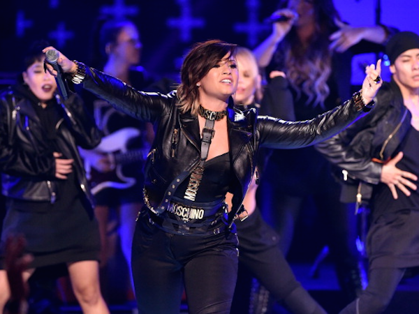 Teen Choice Awards 2014: Watch The Performances, Including Demi Lovato, Becky G & Jason Derulo