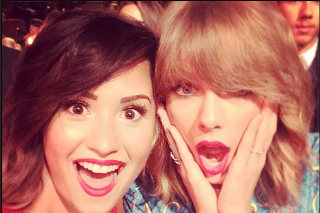 """Demi Lovato Defends Taylor Swift: """"Don't F**k With Me If You're Going To Say Women Suck!"""""""