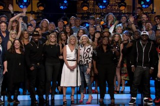 "Gwen Stefani, Miley Cyrus, Fergie, 50 Cent & More Bid Chelsea Handler Farewell With ""Goodbye To E!"""