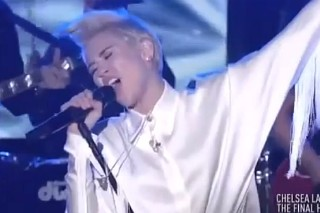"Miley Cyrus' Amazing Cover Of Roy Orbison's ""It's Over"" On The Final 'Chelsea Lately': Watch"