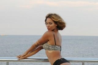 Beyonce Continues To Slay Social Media With Her Stunning Bikini Pics
