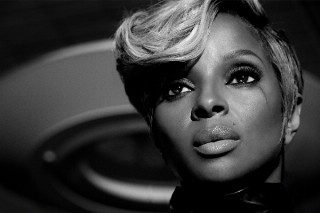 "Mary J. Blige Takes Us Behind The Scenes Of 'The London Sessions': Watch Her Talk ""Pick Me Up"" (Idolator Premiere)"