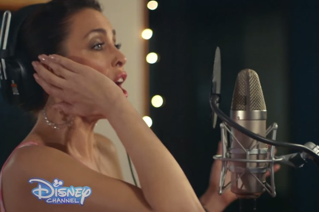 """Dannii Minogue Covers """"That's How You Know"""" From Disney's 'Enchanted': Watch Her In The Studio"""