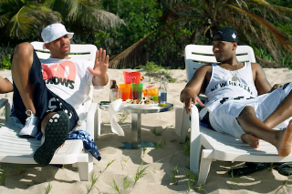 """Drake & P. Reign Chill On A Tropical Beach In """"DnF"""" Video: Watch"""