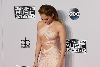 American Music Awards 2014: Jennifer Lopez Steals The Show With Her Sexy, Barely-There Dress