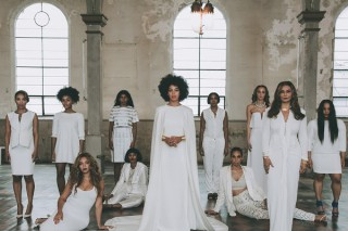 """Solange Throws The Best Wedding Ever — Dances With Son To """"No Flex Zone"""" & Makes Beyonce Sit On The Floor: 7 Pics"""