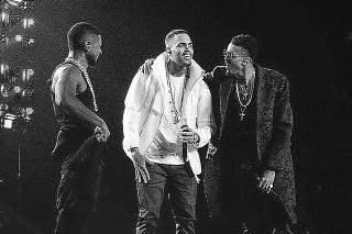 Usher Brings Out Chris Brown, Jeremih, Kid Ink At Los Angeles Concert: Watch