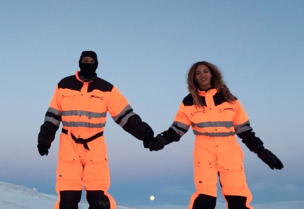 Beyonce And Jay Z Share Chilly Vacation Pics From Iceland To Warm Your Holidays: Morning Mix