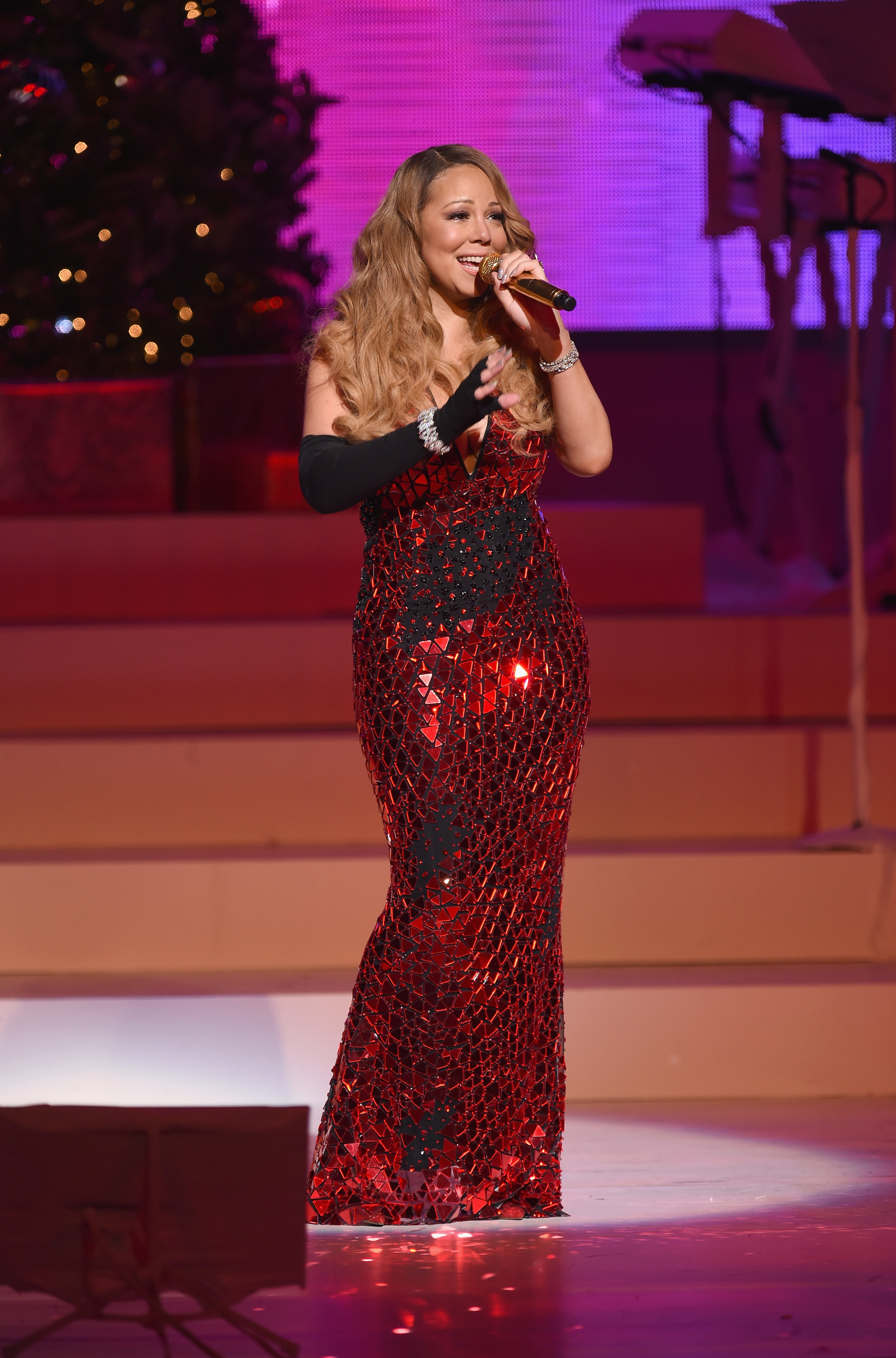 Mariah Carey Is Reportedly Signing To Epic Records: Morning Mix | Idolator