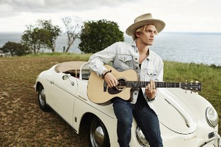Cody Simpson Talks Songwriting, His New Acoustic-Rock Album & Those Duets With Justin Bieber: Idolator Interview