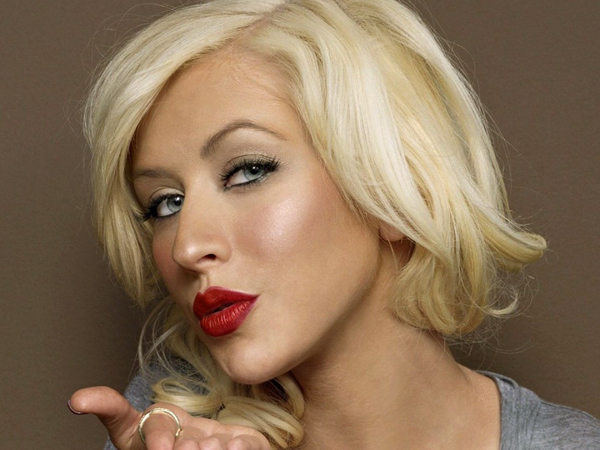 "Christina Aguilera's New Sound Is ""Caviar Ratchet"" According To ..."