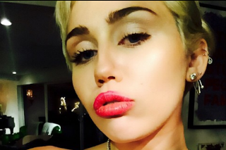 Miley Cyrus Shows Off Boobs On Instagram As Social Media Experiment: See The Semi-NSFW Pic