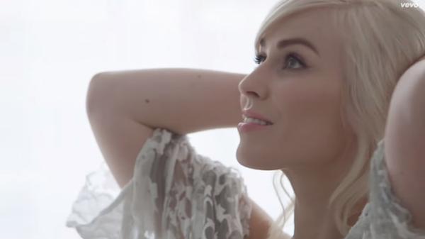 "Natasha Bedingfield's ""Hope"" Video: Watch The Inspiring Clip"