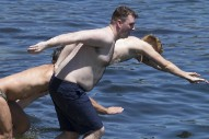 Sam Smith Goes Shirtless In Sydney: Morning Mix