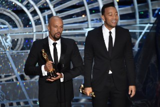 "Academy Awards 2015: John Legend & Common Win Best Original Song Oscar, Perform ""Glory"""