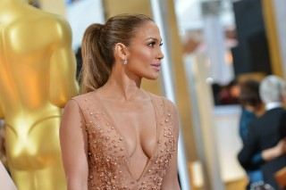 Academy Awards 2015: Jennifer Lopez's Boobs Strike Again! (8 PHOTOS)