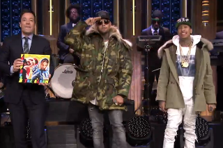 """Tyga And Chris Brown Perform """"Ayo"""" On 'The Tonight Show Starring Jimmy Fallon': Watch"""