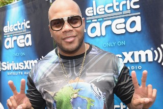 "Flo Rida & Robin Thicke Come Together For ""I Don't Like It, I Love It"": Listen"