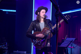 "James Bay Covers Rihanna's ""FourFiveSeconds"" On BBC Radio 1 Live Lounge: Watch"