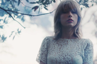 Taylor Swift's '1989' Has Already Outsold Her Last Two Studio Albums
