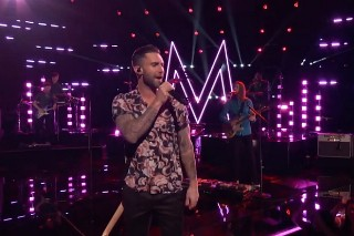 """'The Voice': Sawyer Fredericks Kills It With """"Trouble,"""" Maroon 5 Perform """"Sugar"""""""