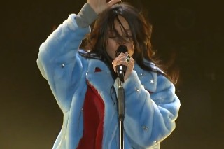 """Rihanna Debuts """"American Oxygen"""" At March Madness: Watch"""